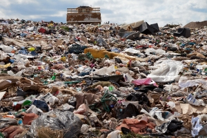 Experts Divided on Landfill Levy Issue